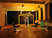 Thumbnail Dancing Bauhaus